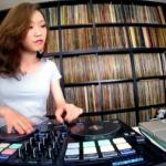 DJ Sara Freestyle Scratch mit algoriddm djay Pro und Reloop Beatpad 2